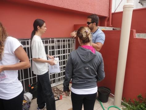 Discussão em grupos para montagem dos equipamentos necessários ao Sist. de AAC